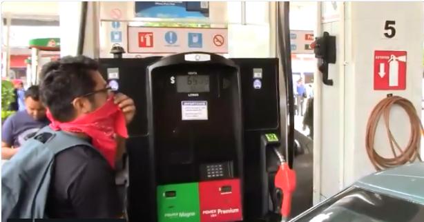 Roba y regala CNTE gasolina. Noticias en tiempo real