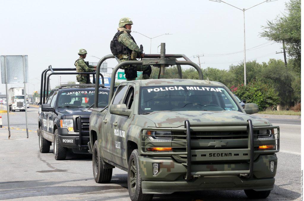 Van SOLDADOS y AGENTES federales a ECATEPEC. Noticias en tiempo real