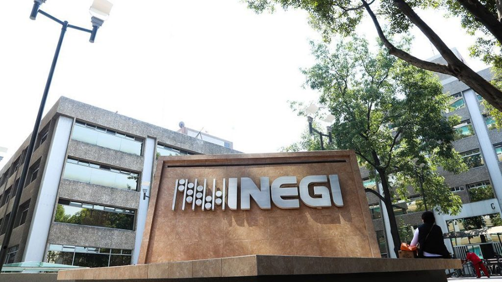 Insurrección en el INEGI, directiva decreta aumenta de salarios. Noticias en tiempo real